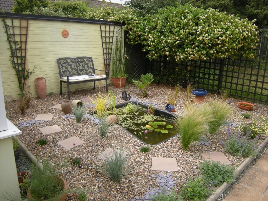 Gravel garden july 2013 for Garden pond gravel